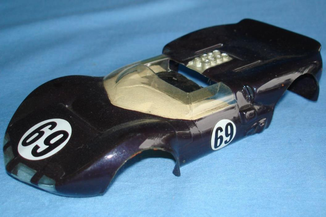 RUSSKIT VINTAGE 1:24 SCALE SLOT CAR RACING PAINTED CLEAR RTR BODY CHAPARRAL