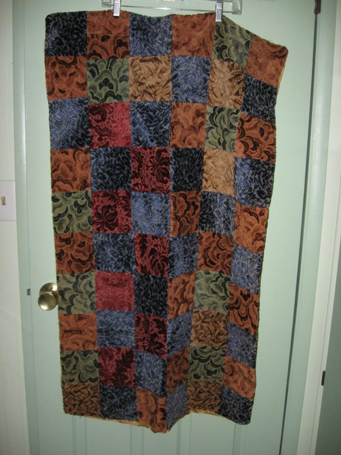 VERY OLD HAND MADE  AND MACHINE SEWN LAP QUILT    45