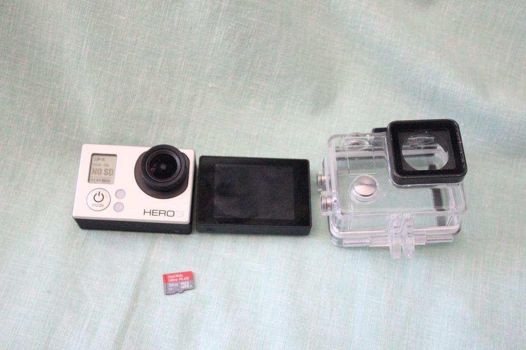GoPro HERO3 White Edition Action Camera Wi-Fi CHDHE-301/LCD SCREEN/32 GB CARD