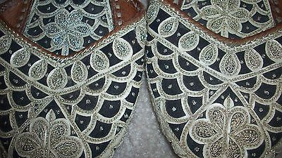 Leather Slip On Dress Shoes Embroidered FISH Motif Design Womens Size 7M (37/7)