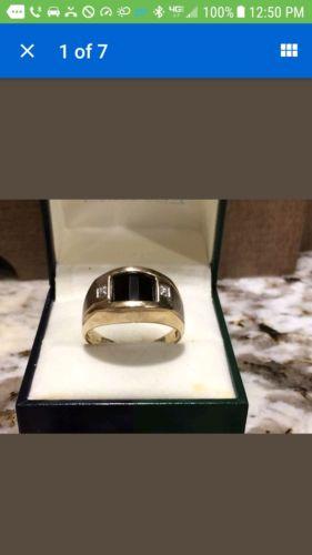 Vintage 10k Gold Onyx Diamond Chip Mens Ring ~ Sz 10