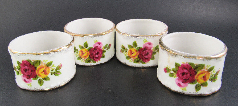 Set of 4 Porcelain Cottage Roses Napkin Rings (W5-3)