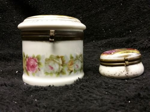 Angelica Kauffman round trinket box pair with brass rims and clasps