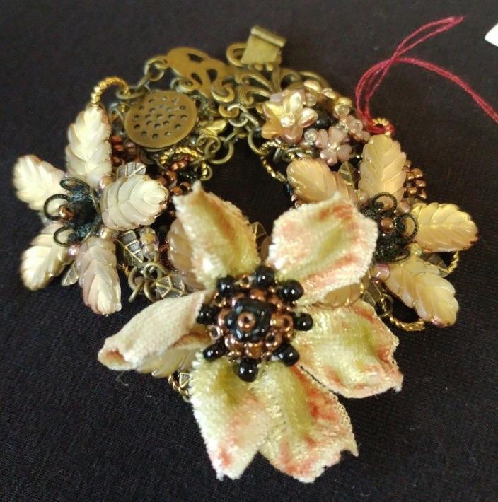 Victorian Trading Co Colleen Toland Amber & White Velvet Floral Bracelet