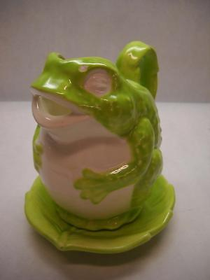 VINTAGE Medium Ceramic FROG Pitcher LEAF Shaped UNDER PLATE Lime GREEN