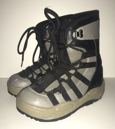 Snowboard Boots Women's Size 6 - BLACK GRAY - Lace up Boots - Unbranded