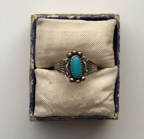STERLING SILVER TURQUOISE RING SZ 4 OVAL