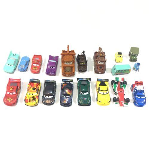 Disney Pixar Cars Movie Lot Of 19 Cars 9 Plastic 10 Diecast Mater Mcqueen Toy