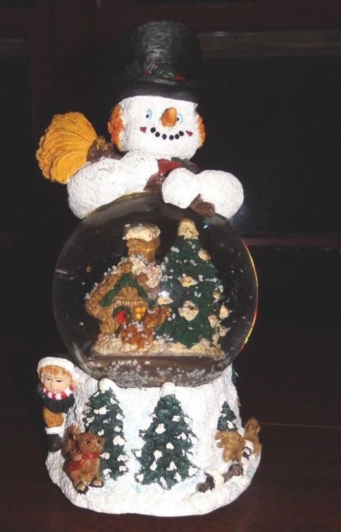 Vintage 8 1/2 Inch SNOWMAN Snow Globe Glass and Resin Beautiful!