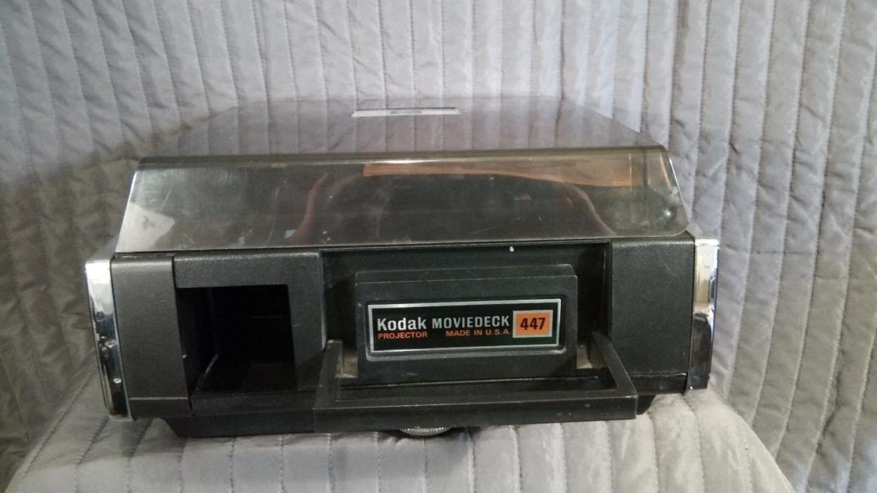Kodak Moviedeck 477 Projector for Super 8, 8mm, with pop out screen, portable