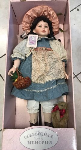Collectible Memories Porcelain Dolls Amanda 28