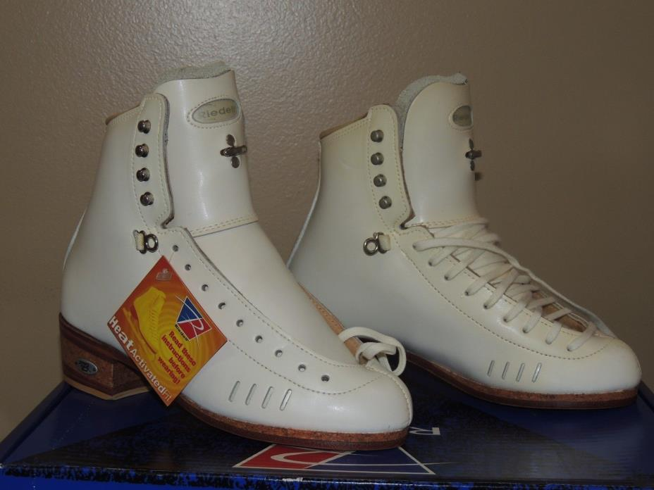 RIEDELL 1500 SIZE 4 B/A ELITE SKATING BOOTS NEW NO BOX SOME YELLOW DISCOLORATION