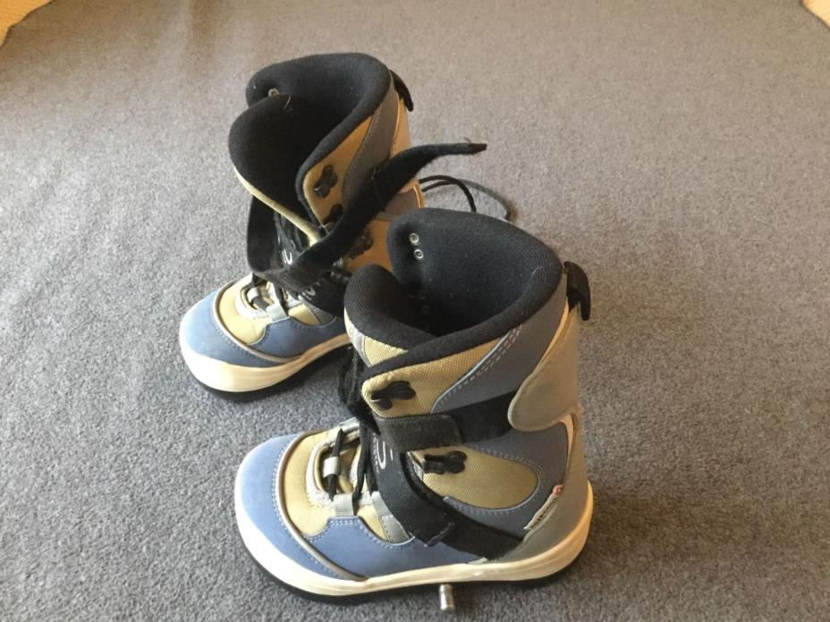 Rossignol S. I.S. Size205 snowboard boots. US2.