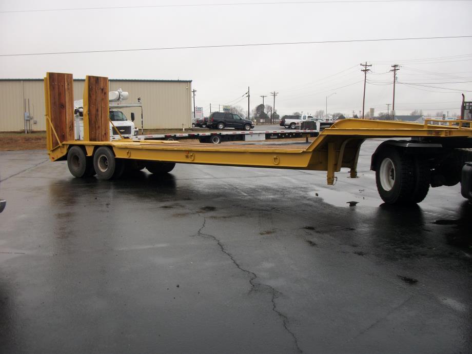 1986 Boaz 35 ton Lowboy Commercial Truck Trailers