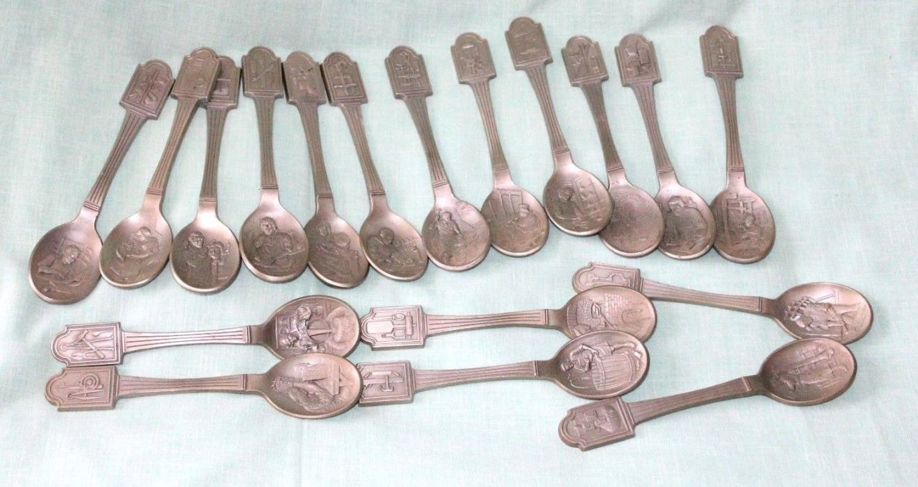 Vintage set of18 Decorative Spoons Colonial Professions Marked C F 77 colectibl