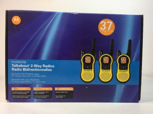 3 PACK Motorola MH370CR TPR FRS/GMRS Radios 22 Channels 37 KM Range Rechargeable