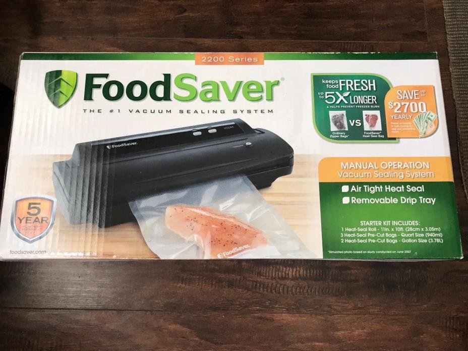 FoodSaver Vacuum Sealing System, 2200 Series SEALED & BRAND NEW!??