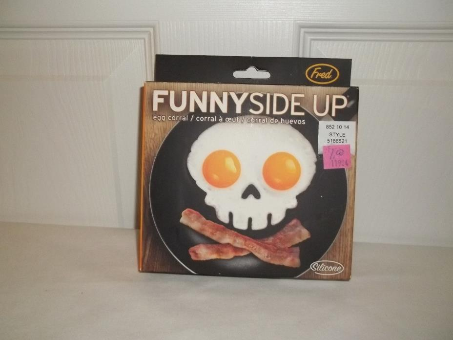 2016  FUNNY SIDE UP SKULL EGG CORRAL RING SILICONE MOLD FOR HALLOWEEN