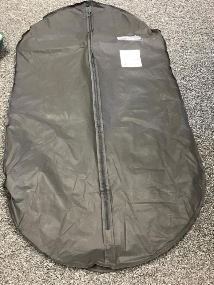 SAKS FIFTH AVENUE ZIPPERED GARMENT BAG STORAGE
