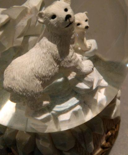 Snow Globe Polar Bear family Mother Baby Musical Jingle Bells Christmas Decor