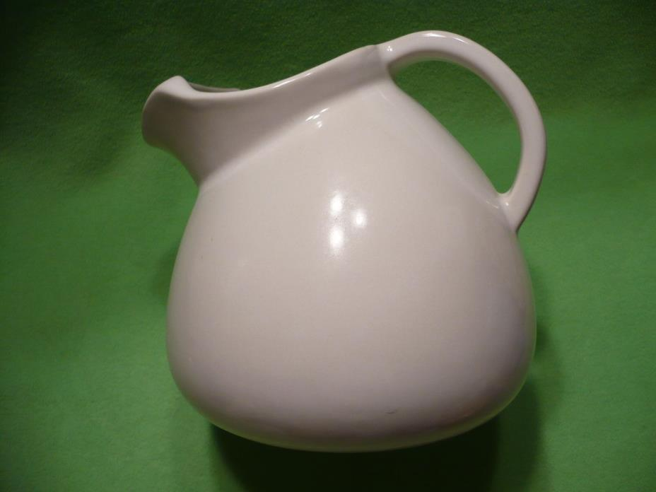 Vintage Friendship Pottery FP Roseville, Ohio pitcher with Ice Catcher Spout.