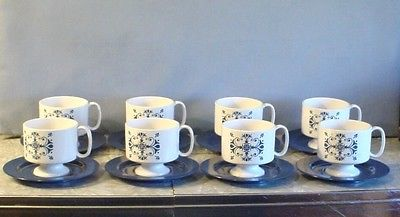NEW! 1970s 8 ONEIDA DELUXE BLUE & WHITE FLOWERS MELMAC MELAMINE CUPS & SAUCERS