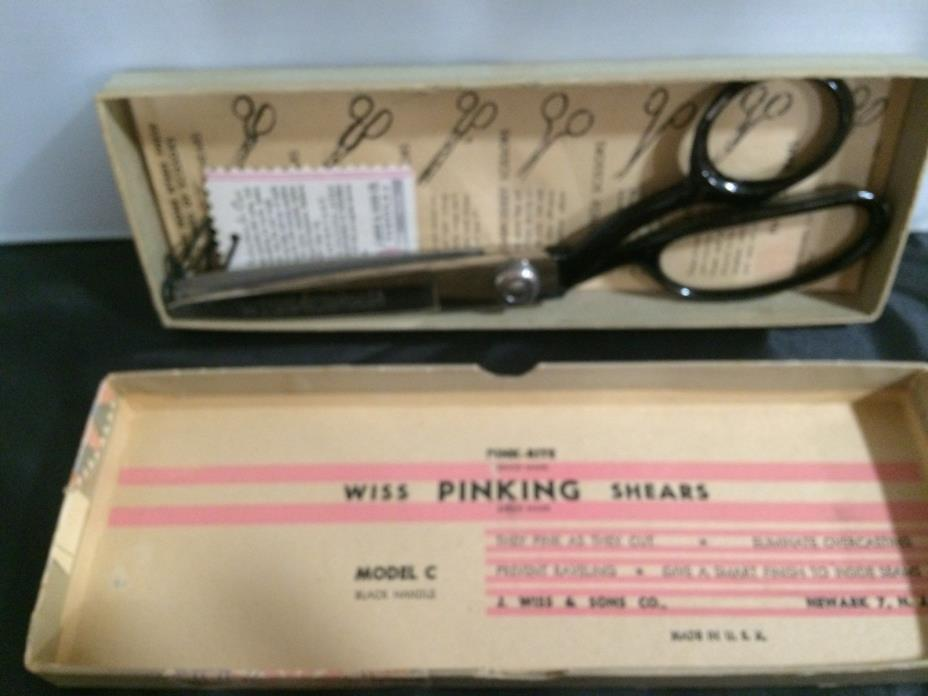 VINTAGE WISS PINKING SHEARS IN BOX MODEL C BLACK HANDLES