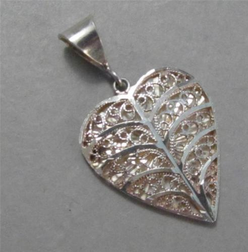 Vintage Sterling Filigree Heart Pendant
