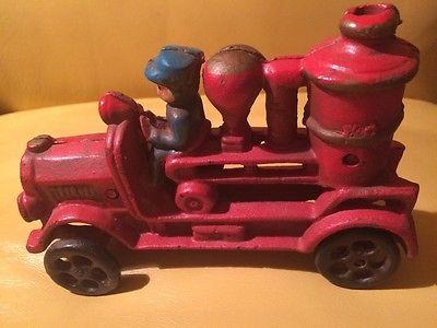 Antique Hand Painted Cast Iron Fire Truck Fireman Fire Engine Pumper Vintage Toy