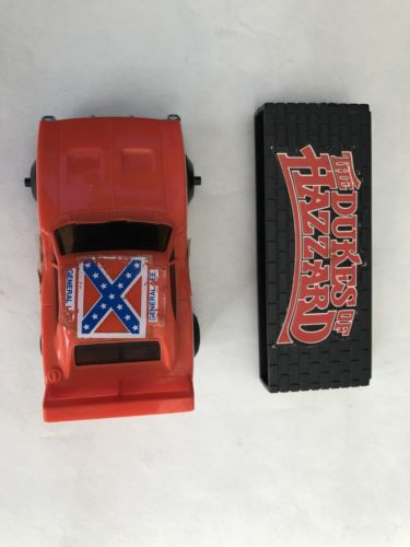 dukes of hazzard General Lee 1980 Friction Car Knickerbocker Vinatge 80's Toy