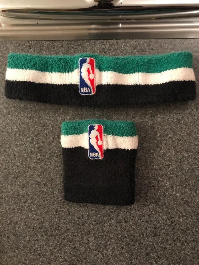 NBA REEBOK WRISTBAND AND HEADBAND - GREEN / WHITE / BLACK - BOSTON CELTICS