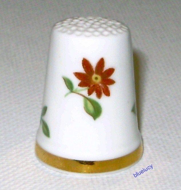 Royal Adderly English Porcelain Thimble