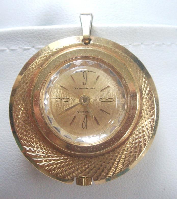 Vintage Round w/ etching Lady's  Sperina goldtone watch pendant Swiss made WORKS