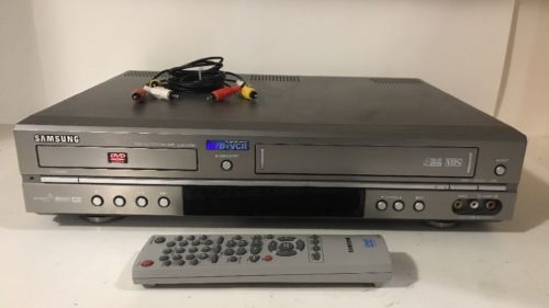 Samsung DVD-V2000 DVD VHS Combo Player 4 Hi-Fi Stereo CD CD-R RW MP3 w/ Remote