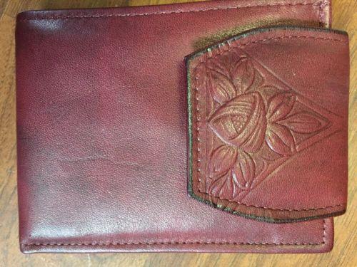 Vintage Rolfs tooled Cowhide Wallet
