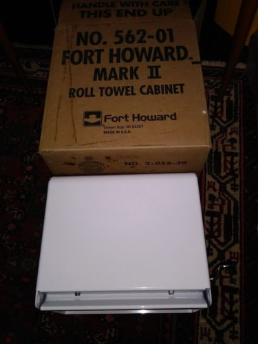 Fort howard mark white metal hand crank paper roll  towel dispenser unused box