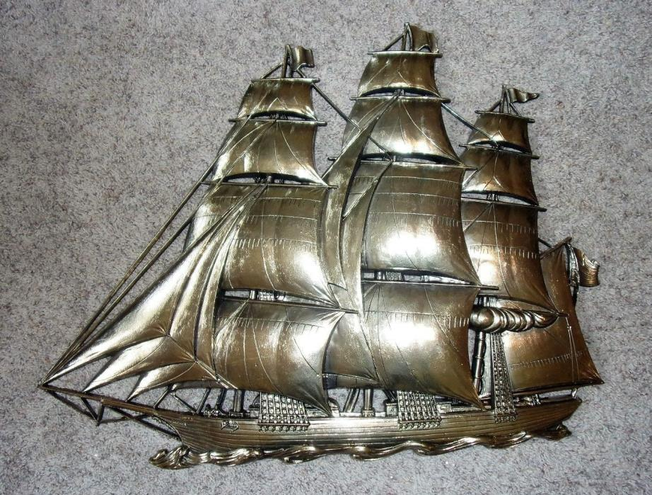 VINTAGE LARGE SYROCO GOLD CLIPPER SHIP, NAUTICAL WALL ART DECOR / PLAQUE