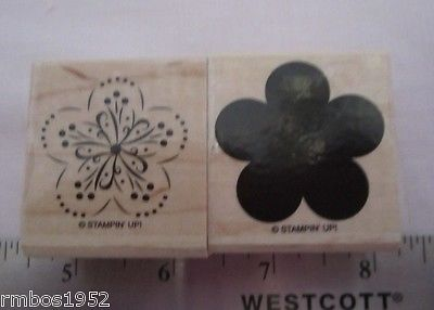 Stampin Up A Beautiful Thing Two Wood Stamps Flower Background & Flower Detail