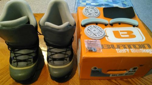 BURTON Snowboard Boots w/Box US Men's Size 7 Custom Freestyle GREAT Shape! Soft