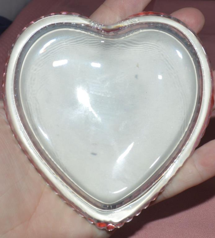 Clear Glass Puffed Heart Shaped Paper Weight