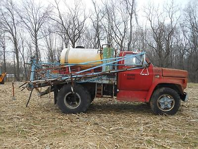 GMC Spray Truck Sprayer 60 foot 48 tires