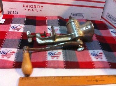Vintage Mid Century Universal No 2 Hand Crank Grinder Nice!