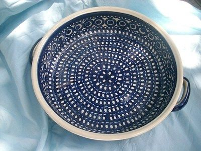 Boleslaiviec Pottery Serving Bowl with Handles Blue / White