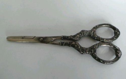 Vintage Ornate Sterling Handled German Grape Scissors 6 3/4