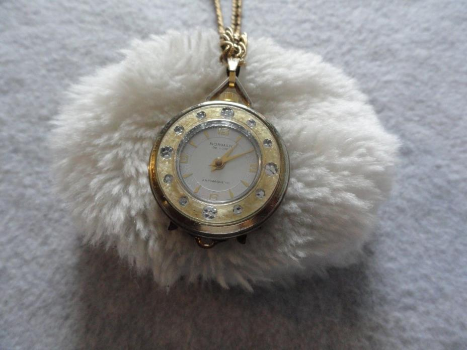 Vintage Norman De Luxe Antimagnetic Wind Up Necklace Pendant Watch