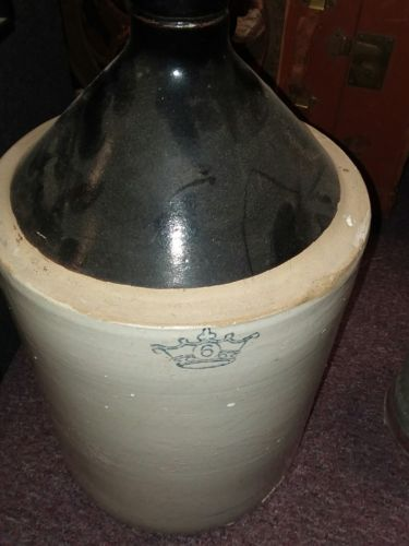 Vintage Antique 6 Gallon Stoneware Pottery Crock - jug clay pot crown