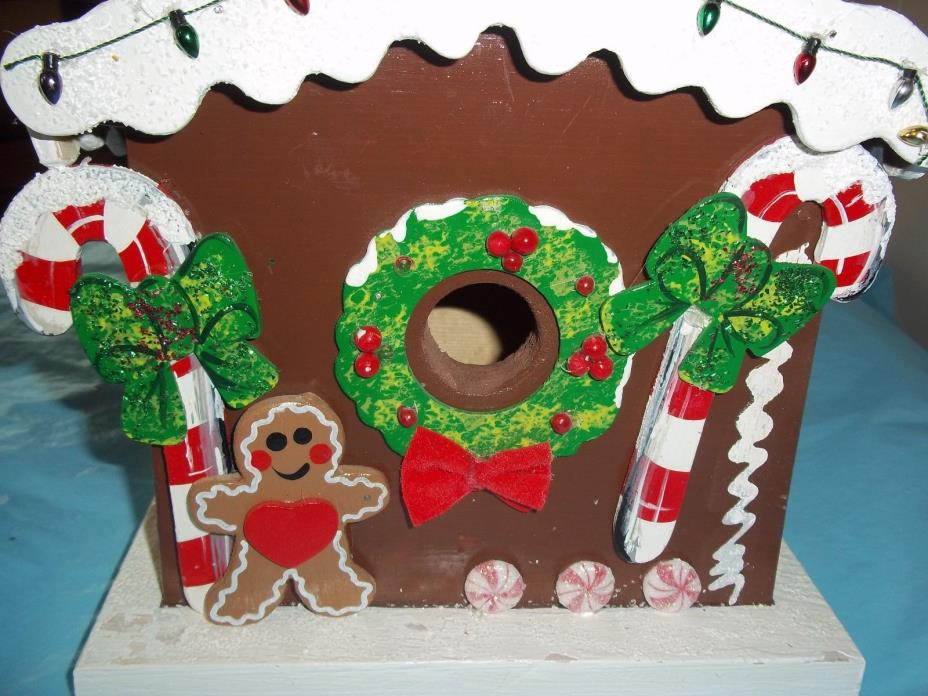 Gingerbread Birdhouse Outdoor Hanging Bird House Home Winter Holiday Decor