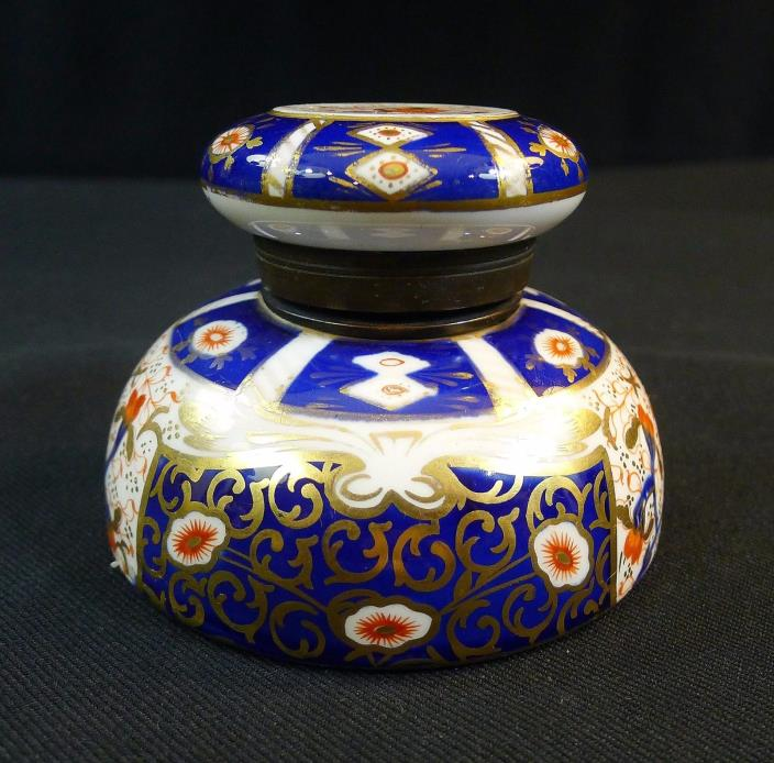 ENGLISH INKWELL---IMARI COLORS--GOLD---EARLY--PORCELAINS--NICE--BUY IT NOW!