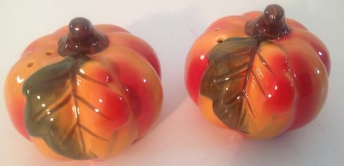 Better Homes & Gardens Ceramic Pumpkin Shaped Salt And Pepper Shakers