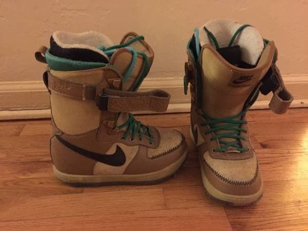 Nike Air Force 1 Snowboard Boots Women's Size 7